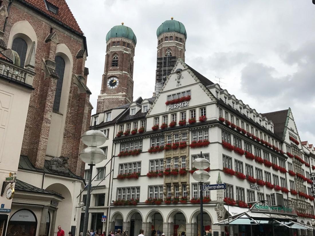 marienplatz_munich.jpg