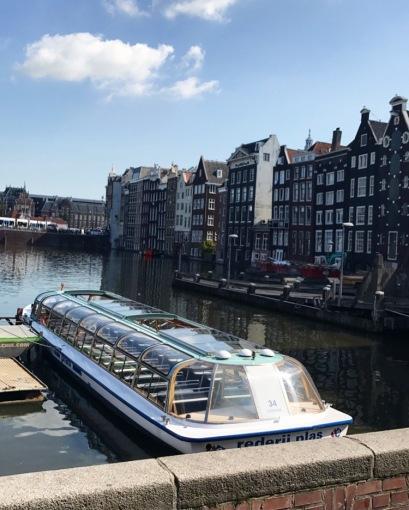 Amster_boat