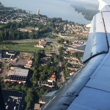 Amsterdam_plane